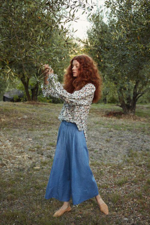 Villblomstmønstret silke/bomull bluse med poseerm Katrin Uri - 418 gardenia reese blouse