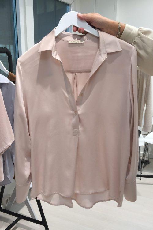 Dusty pink eller cognac silkeskjorte kneppet til midjen Amuse by Veslemøy - 6101.