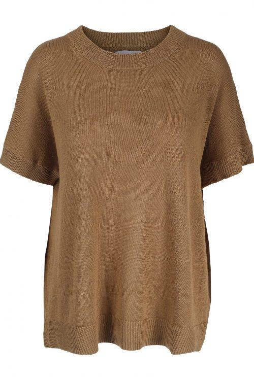 Lekker offwhite, kanel eller navy strikket oversized lin/bomull topp One&Other - lolo