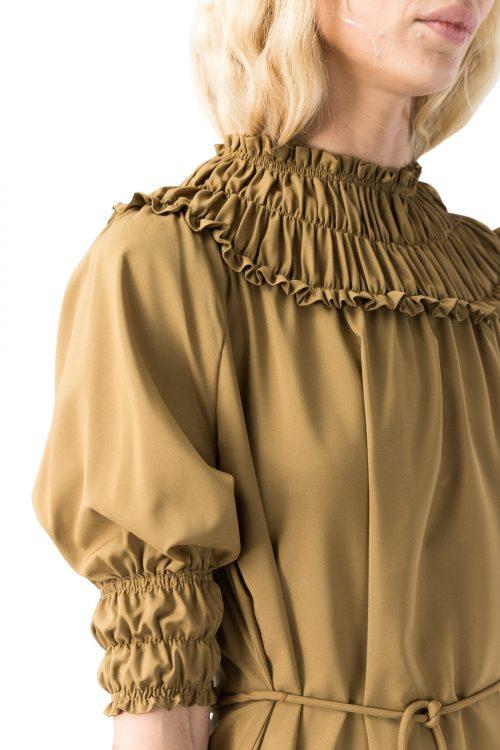 Sort eller offwhite kjole med rillet krage Cathrine Hammel - 2522 gathered neckline dress