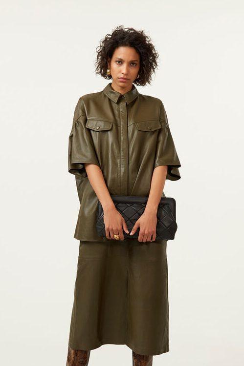 Dark olive oversized lammeskinns-skjorte Gestuz - 10904718 alana shirt