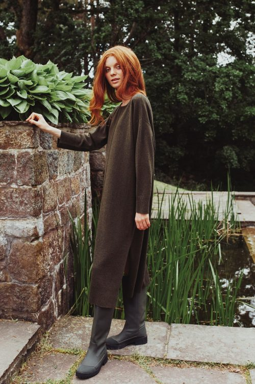 Mosegrønn 100% merino strikkekjole Katrin Uri - 304 freya knit dress