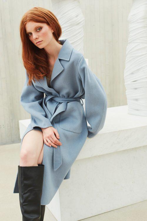 Sky blue ullkåpe med belte og ytterlommer - 506 the wall street coat