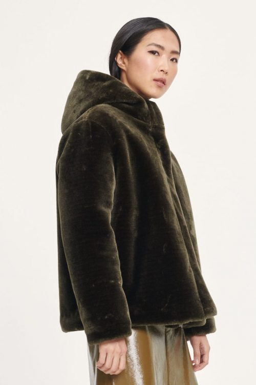 Dark oliven imitert pelsjakke med hette Samsøe - 12855 sabal jacket
