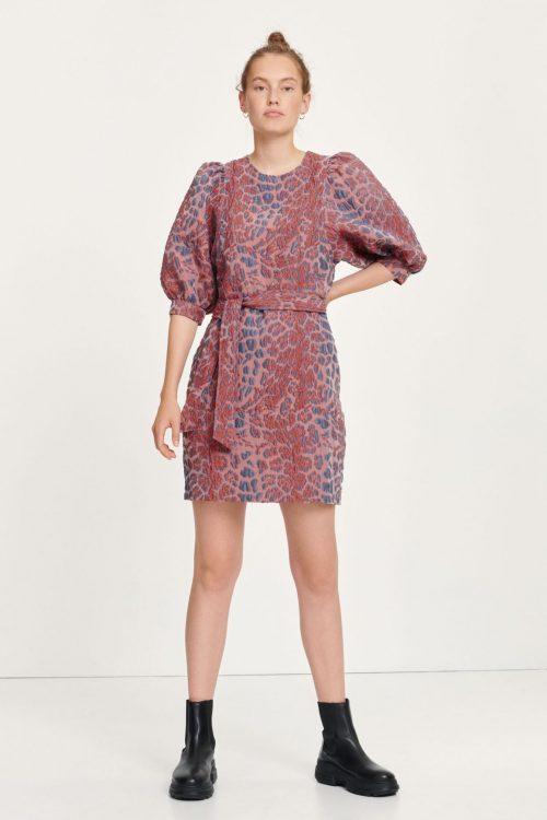 Rød leopardmønstret kjole med puffermer Samsøe - Celestina short dress 12942