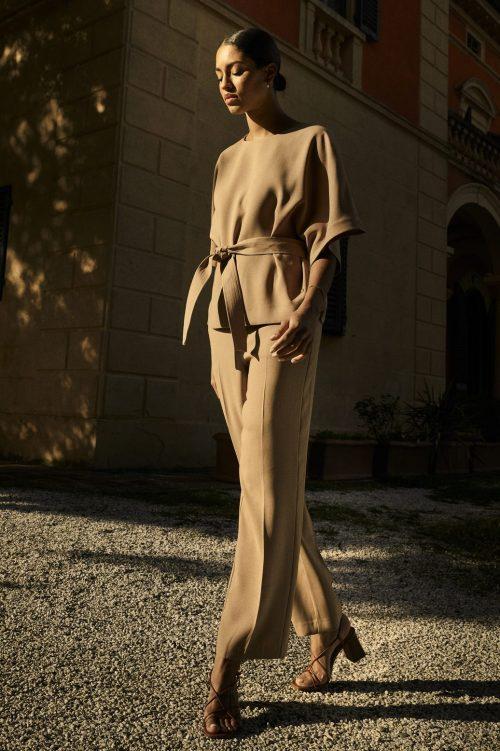 New sand blusetopp med knyting med tilhørende bukse Mos Mosh - 137910 rikas leia blouse / 137930 bai leia pant
