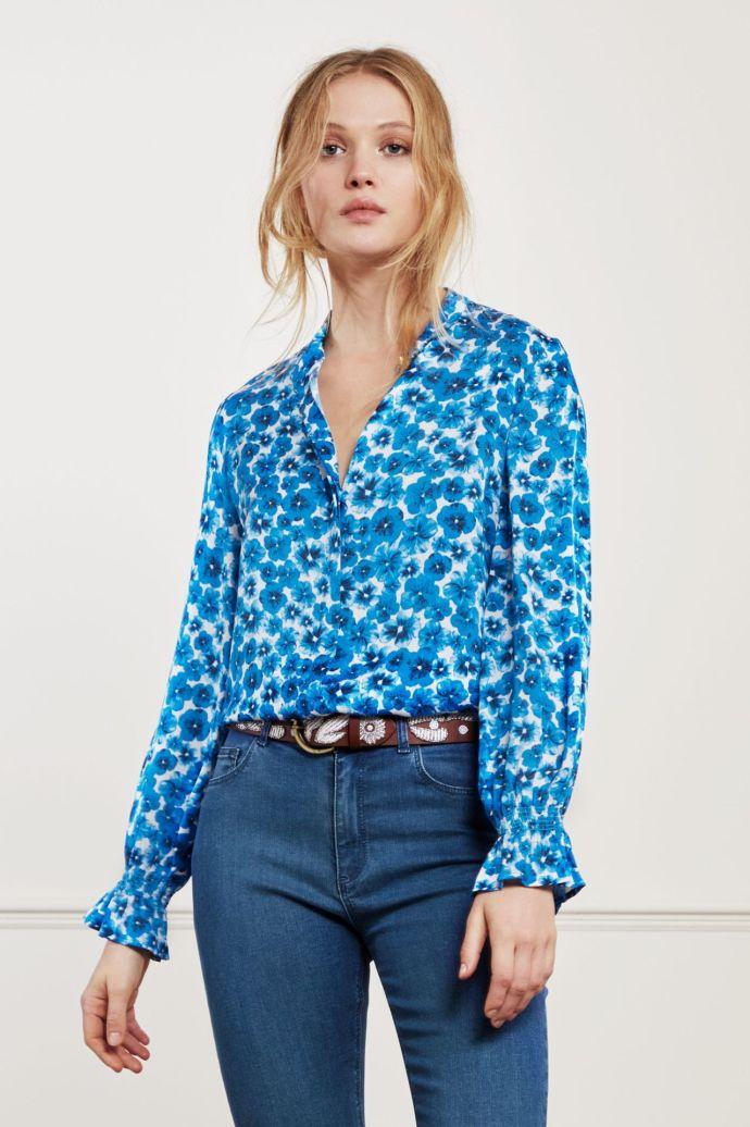 Turkisblåblomstret viskose bluse med kinahals + poseerm Fabienne Chapot - studio blouse