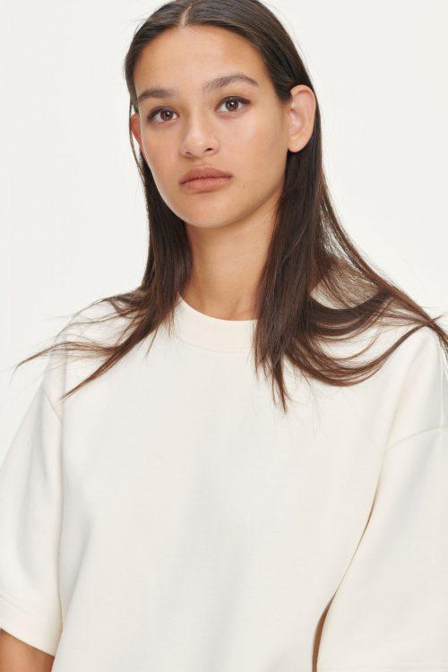 Eggnog oversized topp med dropped skuldre Samsøe - 13017 lionelle t-shirt