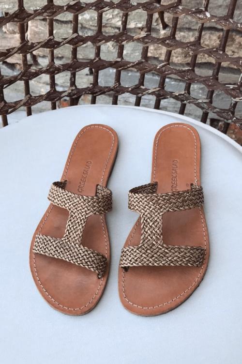 Sort eller gull flettede sandaler Greek Salad Sandals