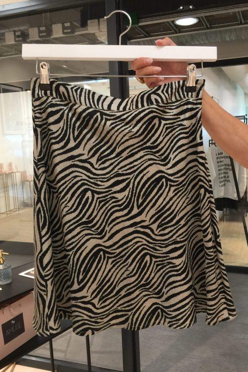 Zebramønstret silke/viskose vippeskjørt Amuse by Veslemøy - 8308