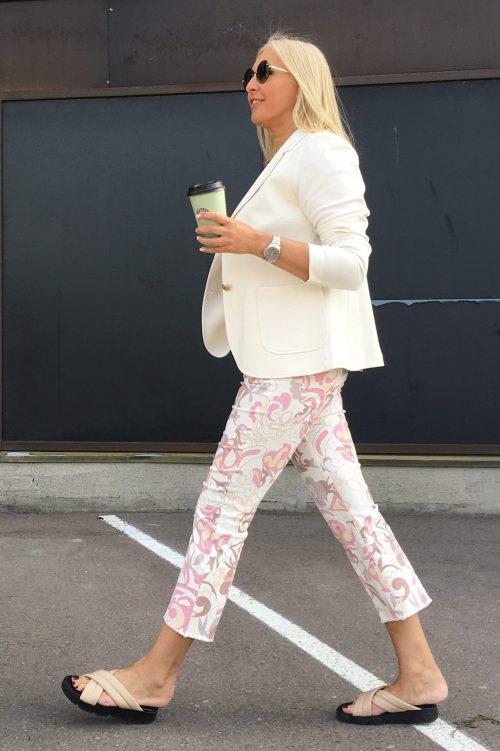 Offwhite med rosa retro print kick flare bomull bukse Cambio - 7713 0028-01 paris easy kick