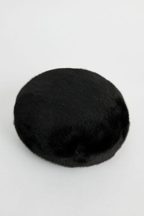 Sort beret i fuskepels Stand Studio - 61508-9690 freja beret