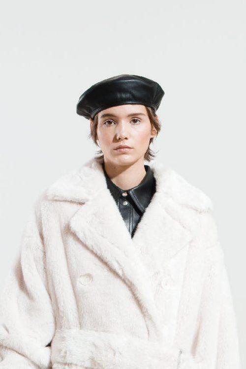 Sort beret i fake skinn Stand Studio - 61506-8090 freida beret faux leather elevated