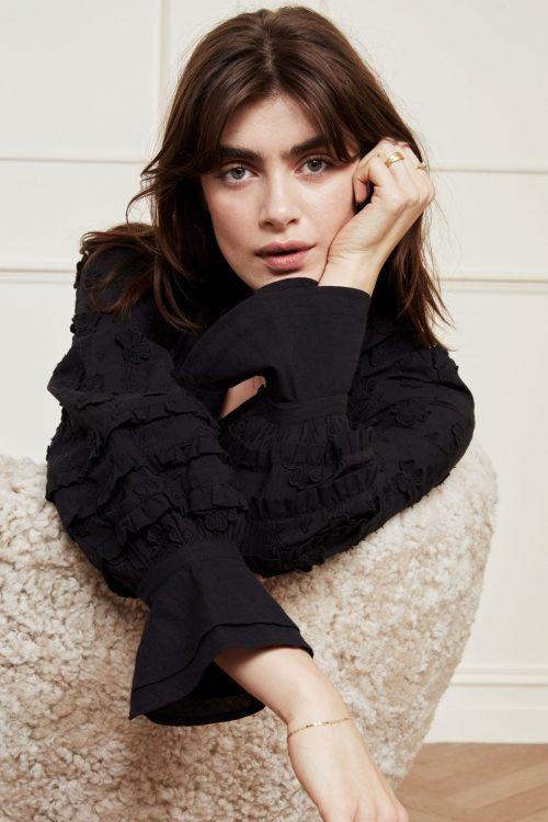 Sort bomull bluse med påsydde detaljer og ballongermer Fabienne Chapot - leo blouse