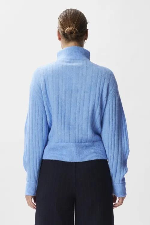 Sterk lyseblå alpakkamiks ribbestrikket genser med glidelås Gestuz - alpha zipper pullover