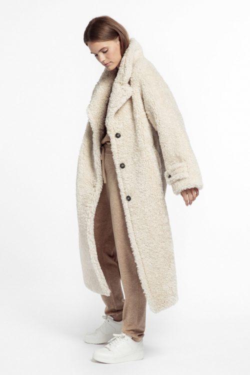 Offwhite faux fur teddy romslig kåpe Beaumont - BM03560213