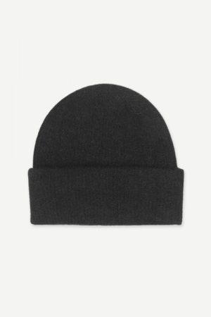 Alpakka lue i mange farger Samsøe - 7355 nor hat / black