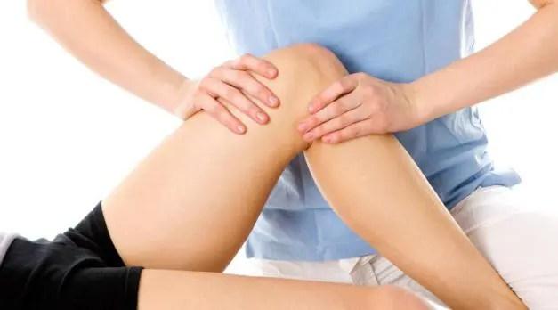 problemi al ginocchio 5 cattive abitudini che possono danneggiare le articolazioni del ginocchio
