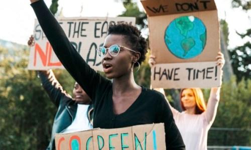 Eurobarometro: gli europei considerano il cambiamento climatico un problema grave
