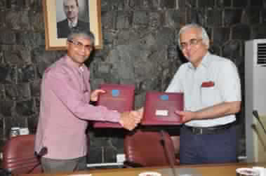 MOU signed between Ministry of AYUSH and Council of Scientific and Industrial Research