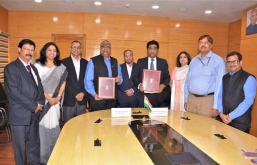 Ministry of Railways signs Memorandum of Understanding (MoU) with Indian School of Business (ISB)