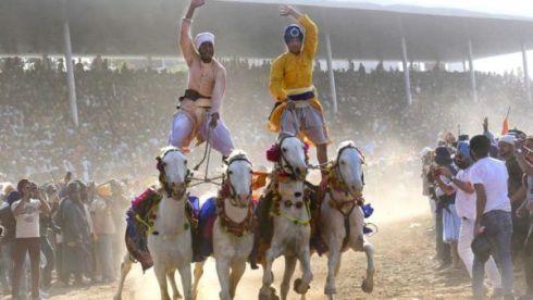 'Hola Mohalla' festival begin in Punjab's Anandpur