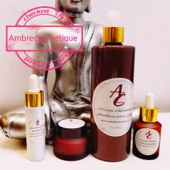 AMBRECOSMETIQUE KIT BLANCHISSANT 4 PIECES LAIT & LOTION & SERUM & CREME