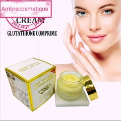 CREME ECLAIRCISSANTE GLUTATHIONE COMPRIME TEINT DIAMANT ACIDE HYALURONIQUE ULTRAVITAMINES GRAND FORMAT 100 ML