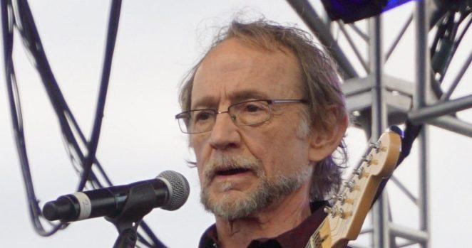Morre Peter Tork, baixista e vocalista dos Monkees   Música   Revista Ambrosia