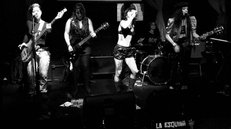 Formada por mulheres, banda Venuz toca na Lapa   Agenda   Revista Ambrosia