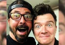 Dave Grohl e Rick Astley surpreendem com 'Never Gonna Give You Up' em clube londrino | Música | Revista Ambrosia
