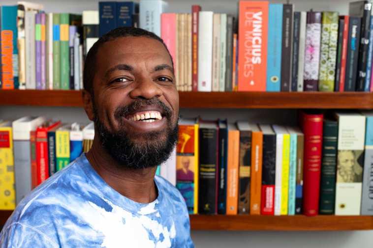 Oi Futuro apresenta exposição do poeta carioca Paulo Sabino | Agenda | Revista Ambrosia