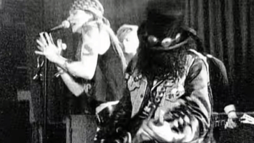 - Sweet Child Of Mine - Guns N' Roses: 'Sweet Child Of Mine' é o primeiro vídeo dos anos 80 a bater 1 bilhão de views