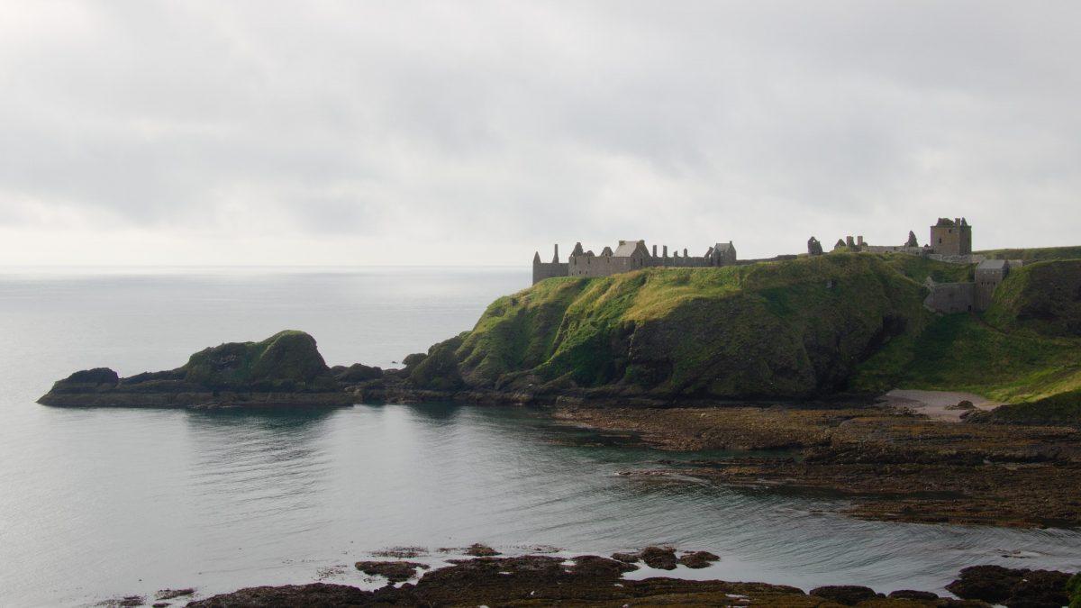 SCOTLAND - dunnottar CASTLE
