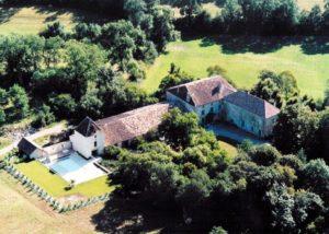 luxury-yoag-retreat-france-chateau