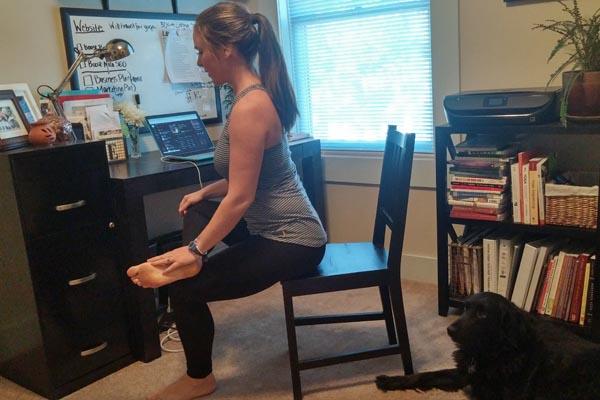 office-yoga-hip-stretch