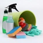 風呂場の掃除 カビや汚れを簡単に落としてキレイにする方法