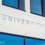 大学進学の際の【奨学金】どんな種類がある?申し込み方法は?