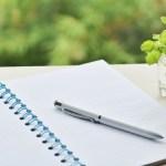 フリクションボールペンの特徴と人気の理由とは。正式書類の使用には注意!