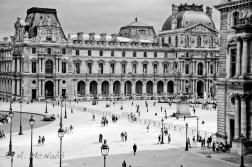 Wandering near the Louvre
