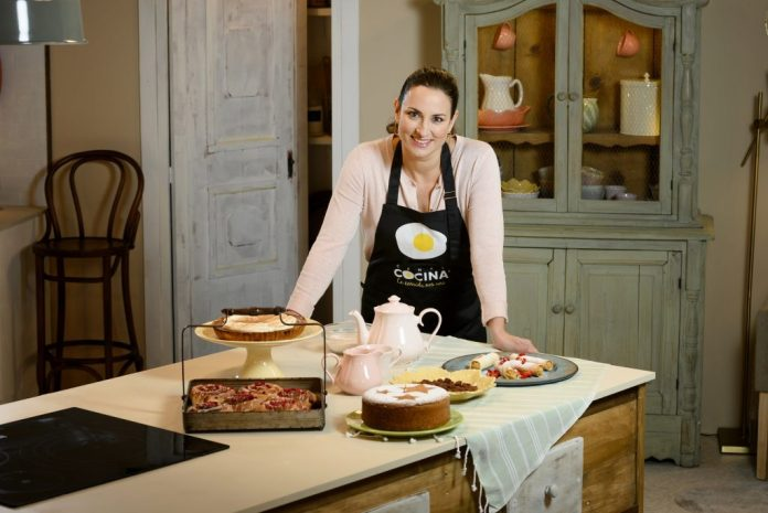 Amanda Laporte Regresa A Canal Cocina Con La Segunda Temporada De Postres Caseros Plustele