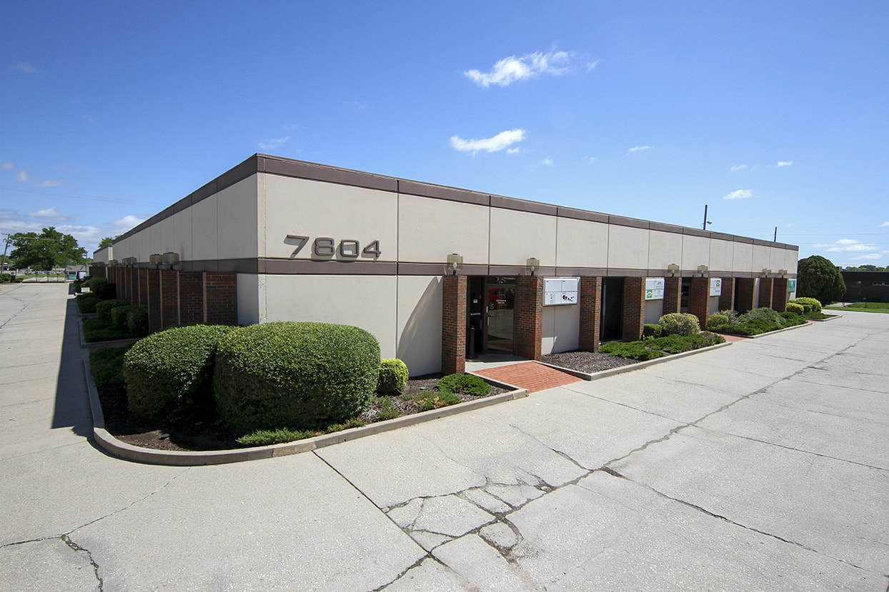 Anderson Management single office for lease in Wichita, KS.