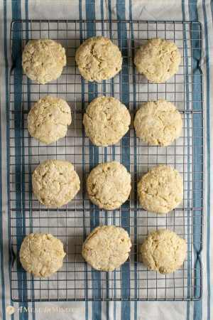 almond flour biscuits 5 ingredient on wire rack after baking