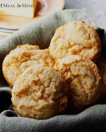basketfull of brazilian cheese rolls