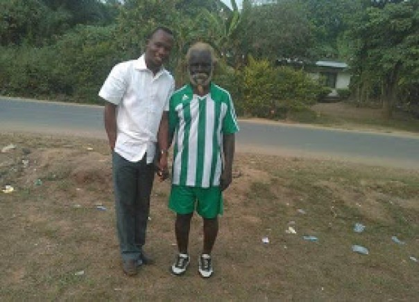 77-Year-Old Akwa Ibom Man Who Eats Bottles And Pulls Cars With His Teeth