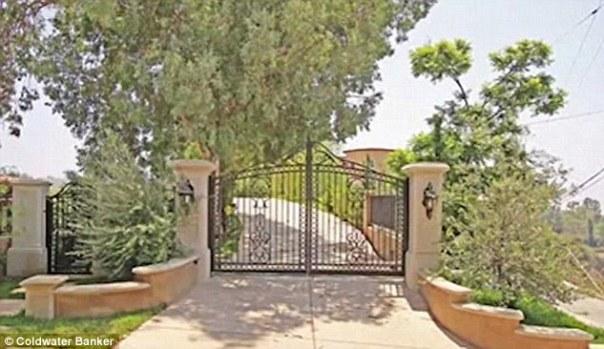 Nicki Minaj's Mansion Robbed With $200K Worth Of Property Stolen