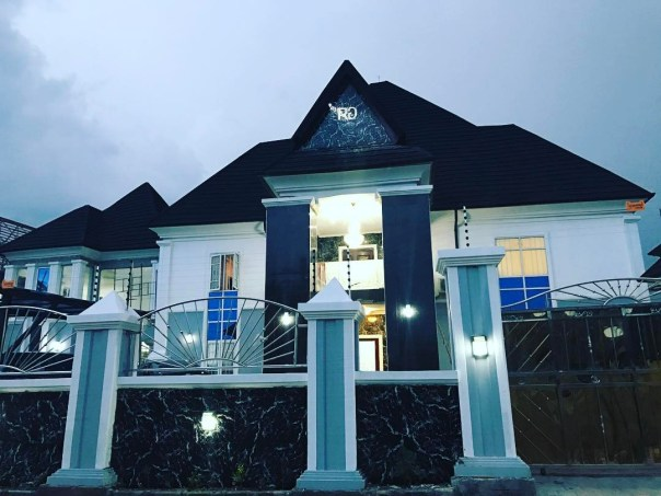 Randy Wayne Mansion Nigeria