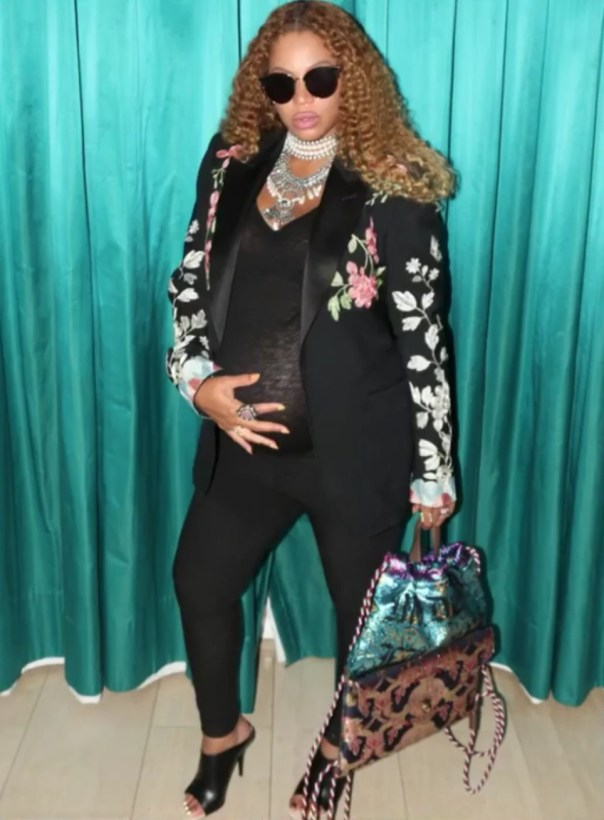 Beyonce And Her Baby Bump Are Having So Much Fun 2