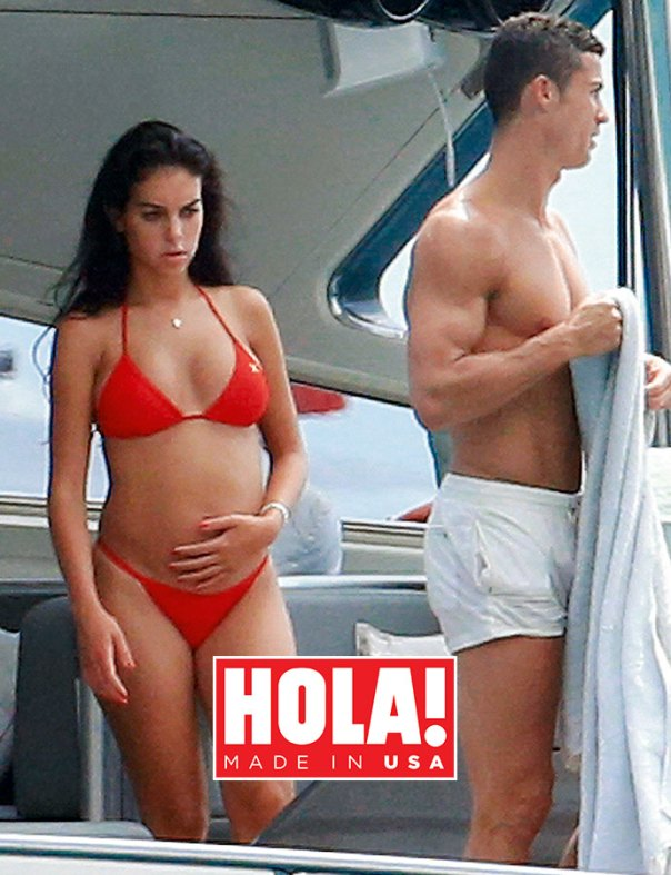 Georgina Rodriguez Flaunts Baby Bump For The First Time (3)