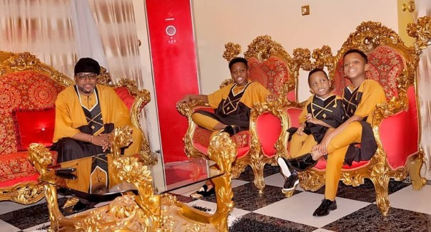 E-Money And His Three Sons Rock Matching Outfits (2)